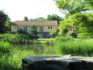 LLAG Luxury Vacation Apartments in Wiesenburg - 646 sqft, tranquil, quiet