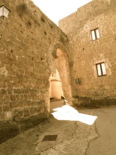L'ingresso del borgo medioevale