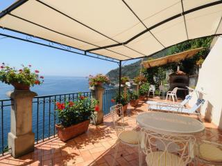Amalfi Coast - Romantic cottage on the sea - Private terrace