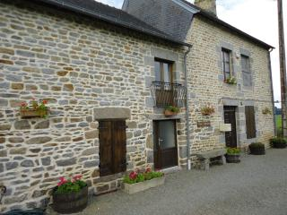 renovated country farmhouse in Brittany, Antrain
