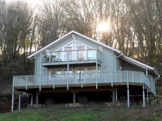Luxury Lodge, Peaceful Woodland Location, Penally