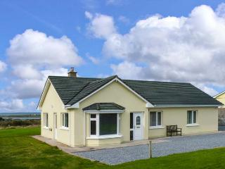 ATLANTIC VIEW, detached cottage near harbour and Blue Flag beaches, lawned