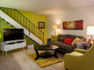 Groovy Pad. Totally remodeled townhome 2BR, 1BA
