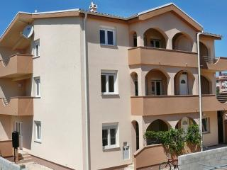 Villa Dobra Holiday Resort (apts. with 2 bedrooms), Vir