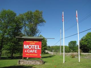 Quiet Bay Log Motel & Caf, Magnetawan