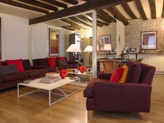 One bedroom   Paris Saint Germain des Pres district (944), Parijs