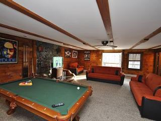 Grand Summit Lodge ~ RA90978, East Stroudsburg