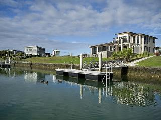 Hei on Waterways - Whitianga Holiday Home