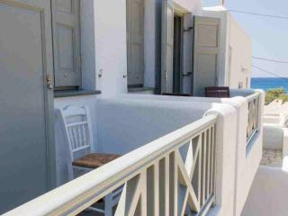 Apartment to rent Amoudaki at Agali Beach