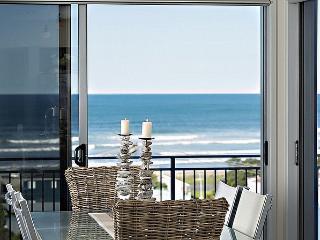 The Views - Waihi Beach Beach Holiday Home