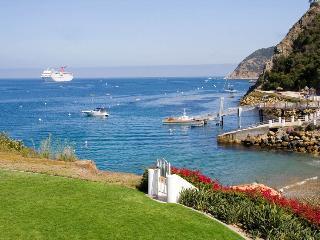 Amazing Ocean Front Villa - Catalina Island - Hamilton Cove 10-68