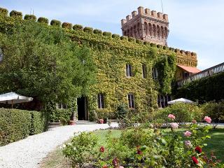 Castello del Granduca 12, Campiglia Marittima