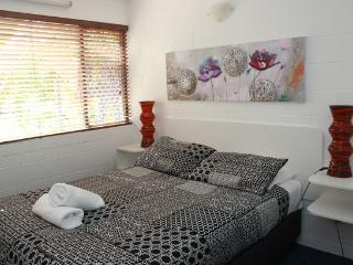 Family 2 Bedroom Apartment - 89 Eyre Street, Townsville