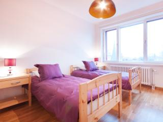 Parkers Apartments Spacious Two Bedroom, Tallinn