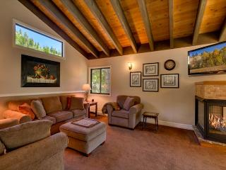 On the Edge- Contemporary 4 BR in Alpine Meadows, Lake Tahoe