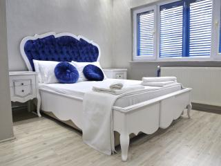 Blue Dream, Estambul