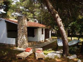 Pine Villa, Pakostane