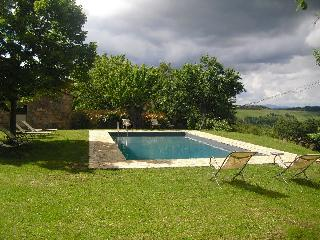 Romantic farm for 2/4 persons with pool near Siena