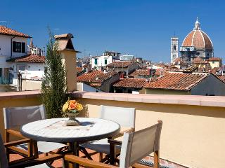 BELVEDERE FLAT - Amazing terrace with Duomo's view, Florence