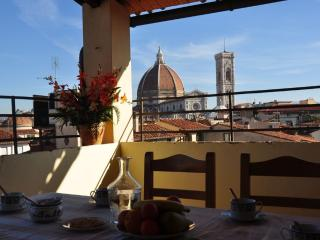 Huge flat with panoramic terrace looking on Duomo, Firenze