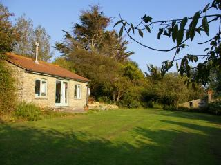 Whispering Pines Cottage with sea views, West Bexington