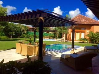 New Up to 40% Off! Green Village Compund Villa, Punta Cana