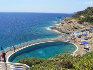 elba paradiso sul mare nel verde con giardino e piscine SCONTO NAVE 20%