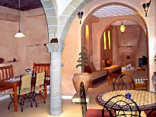 Lovely authentic riad in Essaouira historic centre