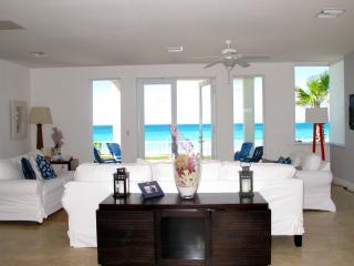 Luxury Ocean Front Resort World Villa