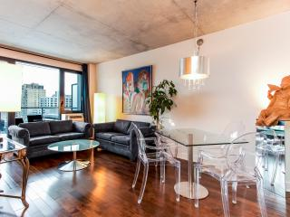 LUXURY CORPORATE 2 BDRM CONDO 4141/32571, Montreal