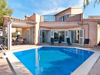 Bon Aire Villa with Private Swimming Pool.Sea view