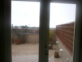 mansarda con fantastico terrazzo vista mare, Formia