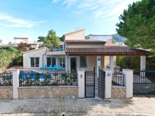 Villa with Sea view and Private Pool in Bon Aire, Alcudia