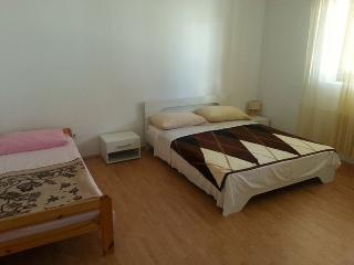 Apartmani Milas ap1, Pirovac