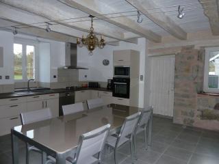 Chaleureuse Maison de Campagne Du Quercy Rénovée