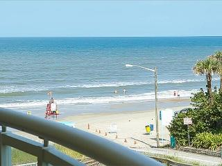 New! Beautiful Views of the Beach, South Facing Sleeps 6, Daytona Beach