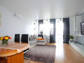 ID 5448 | 3 room apartment | WiFi | Hannover