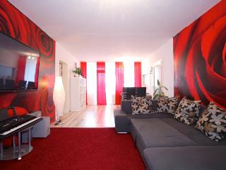 ID 5130 | 4 room apartment | WiFi | Laatzen