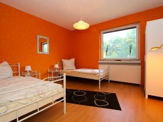 ID 4732 | 4 room apartment | WiFi | Laatzen