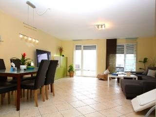ID 1678 | House | WiFi | Hannover