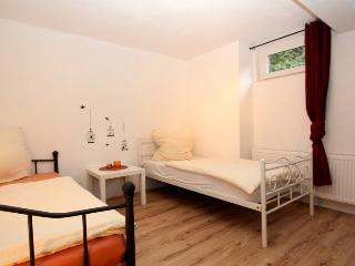 ID 5611 | 3 room apartment | WiFi | Laatzen