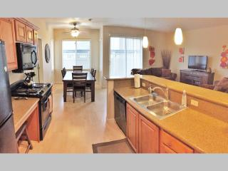 Downtown Luxury Condo Near Convention Center (ADA)