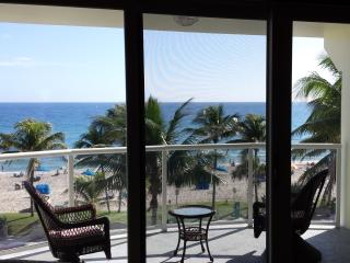 BEACH FRONT HAVEN - Ocean view, Deerfield Beach FL