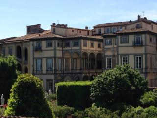 Lisa Home Lucca- new apartment in Lucca centre with speed internet