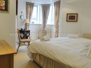 Lovely 2 bedroom maisonette- South Kensington, Londres