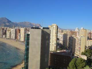 Don Migel 2  Sol, mar y la playa Levante