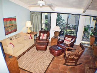 Beach Villa 13 - Oceanside Updated 3 Bedroom Townhouse, Hilton Head