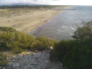 Villa Dunes, Kalogria