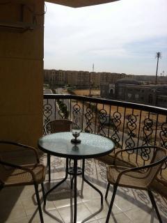 Cosy Modern Apartment In Cairo, Al Rehab City