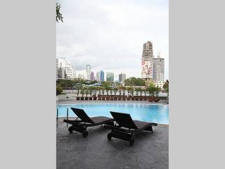 Riverside Luxury & City Center, Bangkok